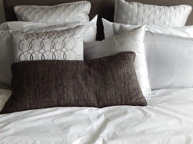 枕を変えて腰痛緩和